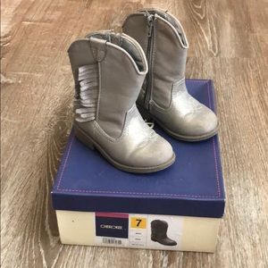 Cherokee Delmi Silver Boots